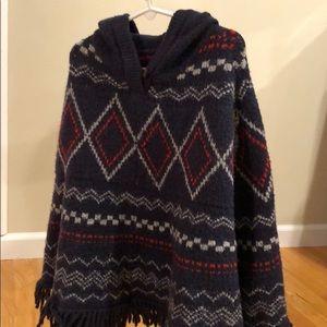 Osh Kosh  knit poncho size 8